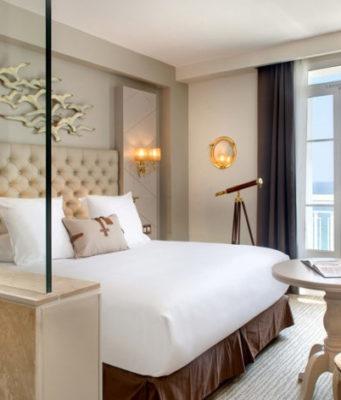 Chambre d'hôtel à Toulon