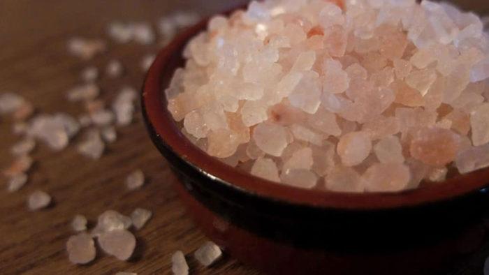 Cristaux de sel rose de l'Himalaya du blog La Serendipité