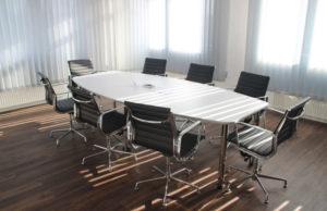 Le comité social et économique se réuni dans l'entreprise