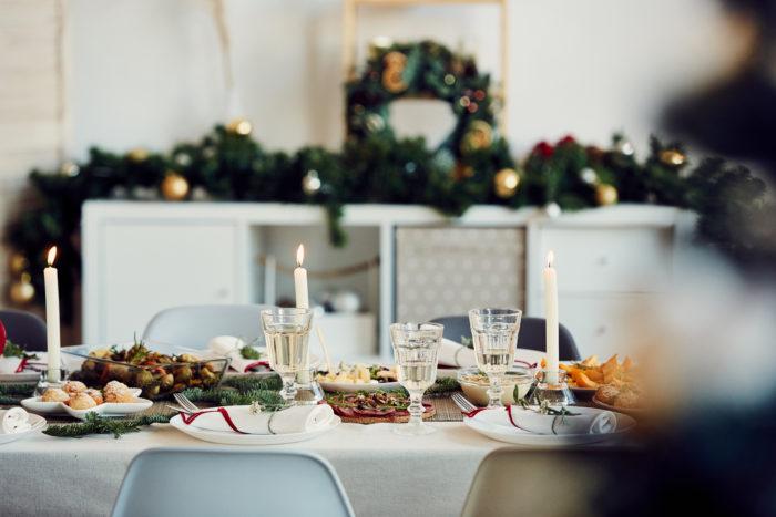 Faire une jolie décoration de table