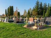 pratique plaque funéraire